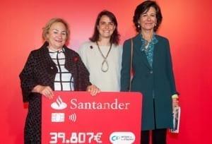 El Banco Santander distingue entre sus proyectos sociales a 'Grandes Vecinos' de Amigos de los Mayores