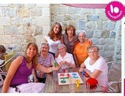 Amigos de los Mayores consigue financiar el tercer turno de vacaciones con su campaña de microdonaciones
