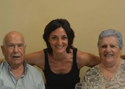 Amigos de los Mayores reclama abrir los ojos ante los abusos a las personas mayores y darles un trato digno