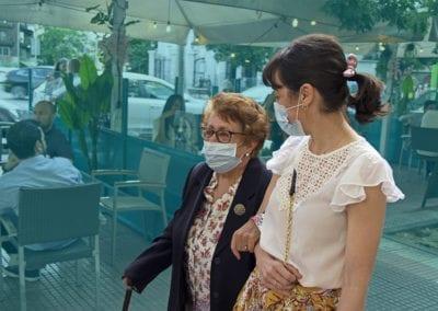 """Nace """"Sal y vecinea"""", una idea de ¿Tienes sal? y la ONG Grandes Amigos para prevenir la soledad de las personas mayores"""